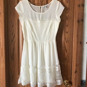 American Eagle size 8 ivory lace dress